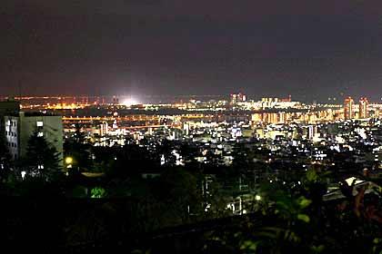 神戸大学からの夜景、練習後この夜景を見ながら帰路に